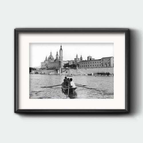 Barca en el Río Ebro
